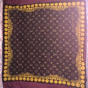 Louis Vuitton Scarves